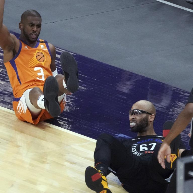Knicks Suns Basketball