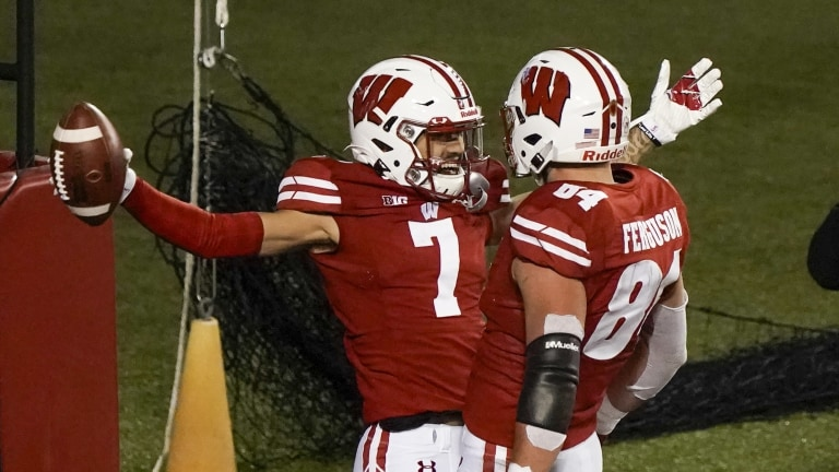 Wisconsin-Spring Closes Football