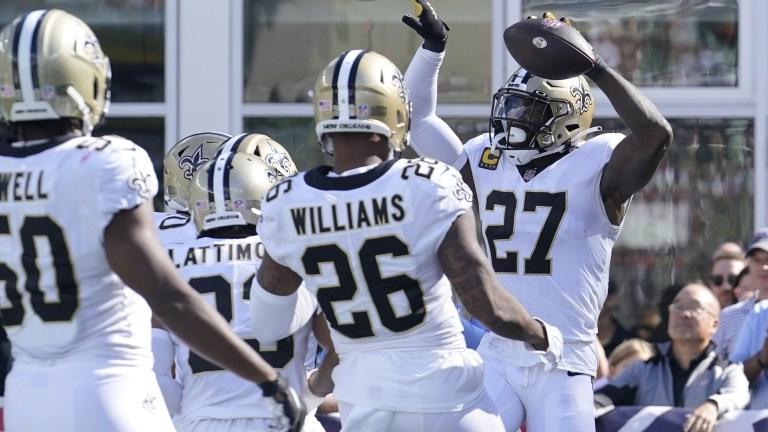 Saints Patriots Football