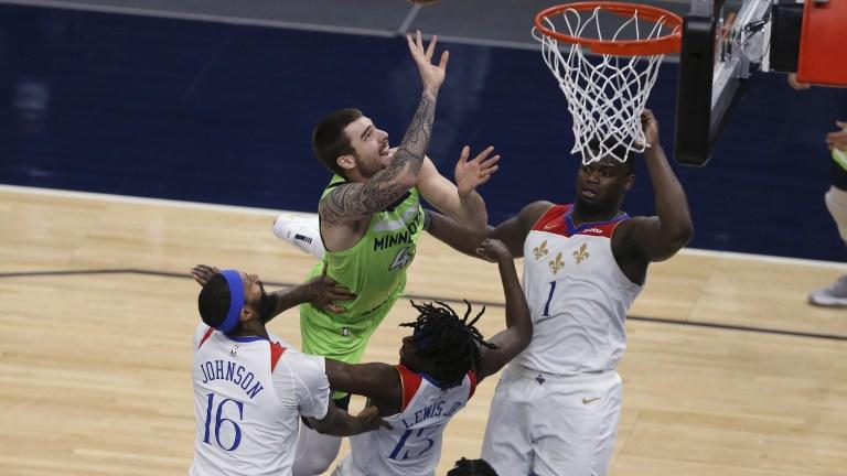 CORRECTION Pelicans Timberwolves Basketball