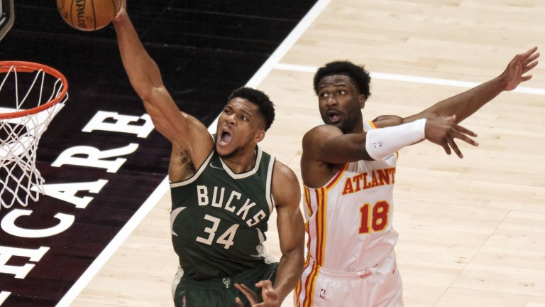 Bucks Hawks Basketball