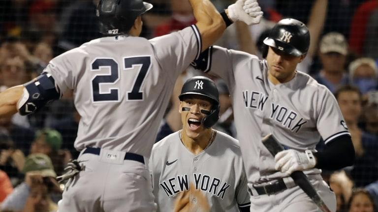 APTOPIX Yankees Red Sox Baseball