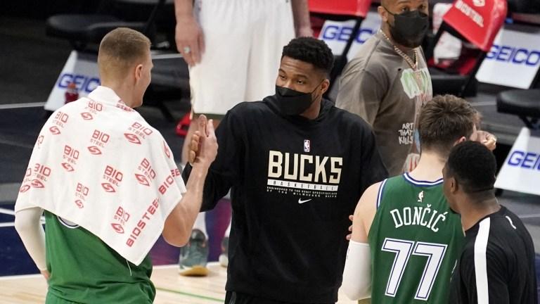 Bucks Mavericks Basketball