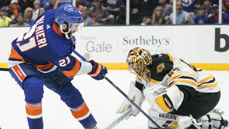Bruins Islanders Hockey