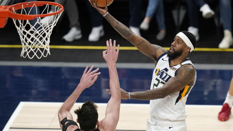 Spurs Jazz Basketball