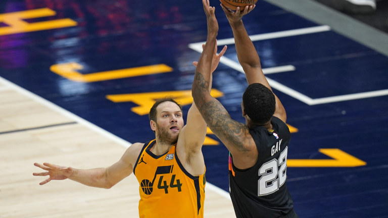 Spurs Jazz Basketball
