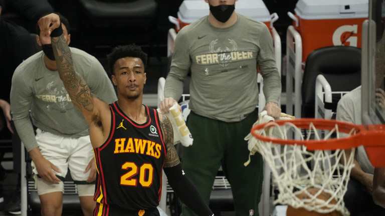 Hawks Bucks Basketball