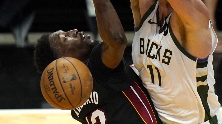 Bucks Heat Basketball
