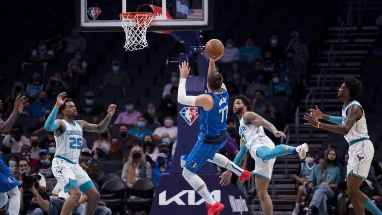 Mavericks Hornets Basketball