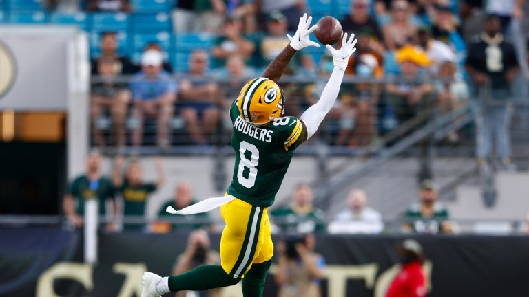 Green Bay Packers wide receiver Amari Rodgers receives a pass in the fourth quarter against the New Orleans Saints at TIAA Bank Field.