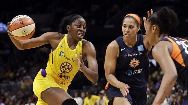 Ogwumike's Return Basketball