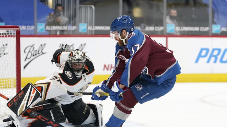 Ducks Avalanche Hockey