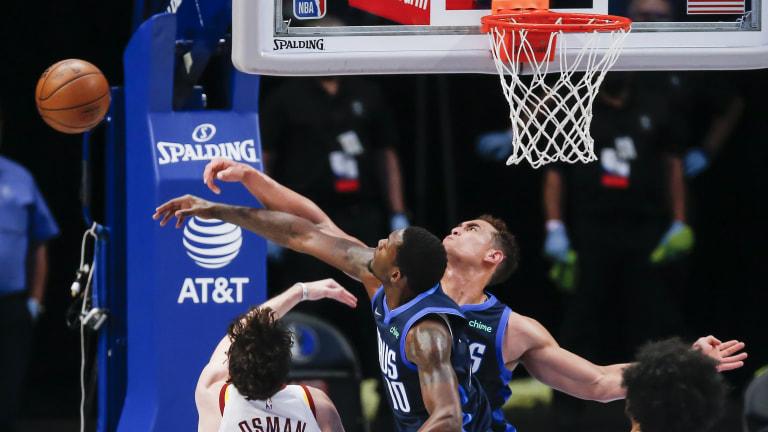 Cavaliers Mavericks Basketball