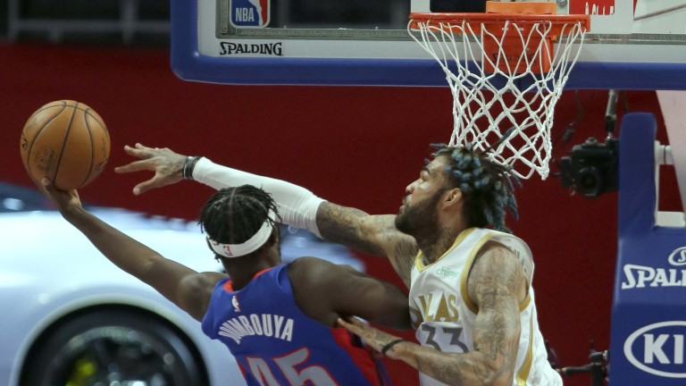 Mavericks Pistons Basketball
