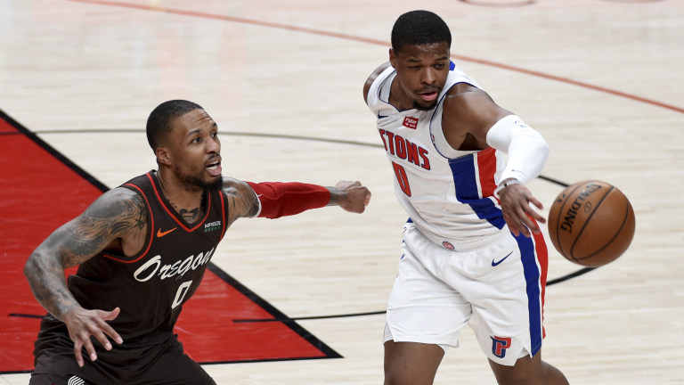 Pistons Trail Blazers Basketball