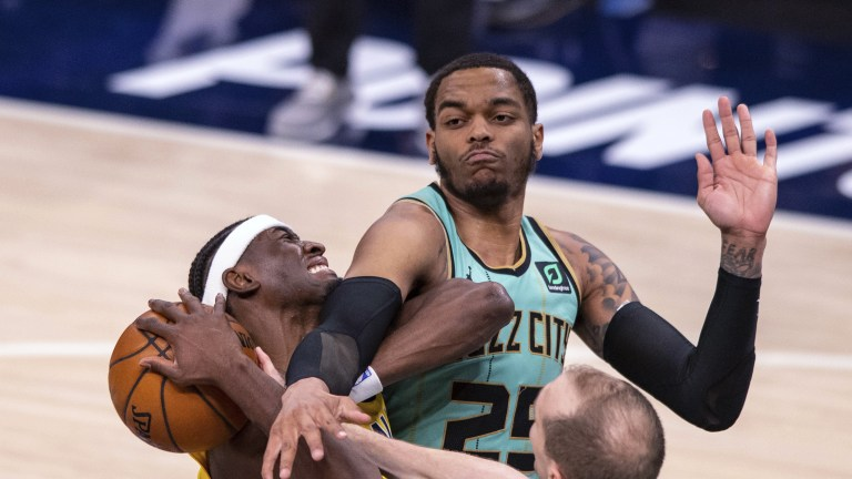 APTOPIX Hornets Pacers Basketball