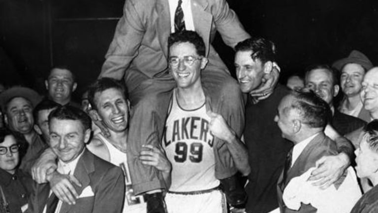1952: Lakers vs. New York W, 82-65 - George Mikan led the World Champion MPLS Lakers with 22 points and 19 rebounds.